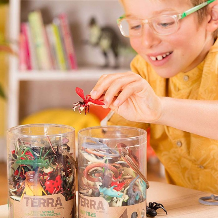 Terra Assorted Miniature Insects (60 pc)